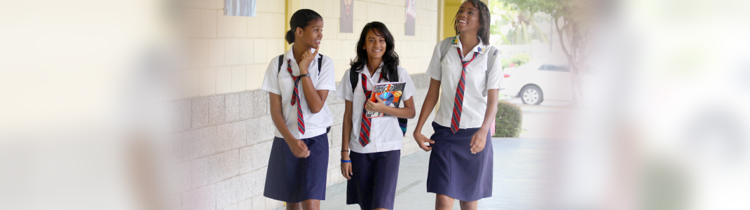 essay on school uniform should be compulsory School uniforms should become compulsory as they have so many benefits for students ,schools or for parents also  it helps you to find children: if a school is on a trip, or if a child runs away, a school uniform can help teachers to quickly identify children from their school and so prevent them from getting lost.